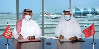 Emirates_Skycargo_signs_GHA_with_SAL