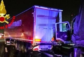 Incidente___camion__A4_TRANSPORTONLINE