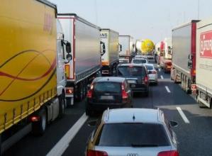 divieti_tir_tirolo_brennero_camion